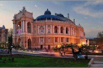 Ukrayna'da Eğitim Almanın Avantajları