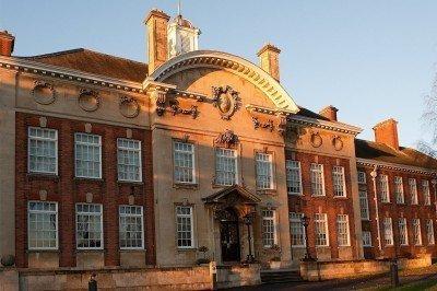 Northampton Üniversitesi