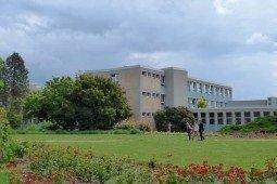 Çek Yaşam Bilimleri Üniversitesi